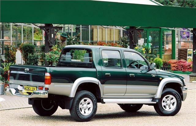 Low Cost Auto Insurance >> Toyota Hilux 2000 - Car Review | Honest John
